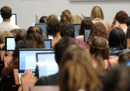 Blocage des facs : le défi des examens en ligne