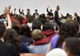 L'université de Nanterre fera passer des examens en ligne, une AG étudiante s'y oppose